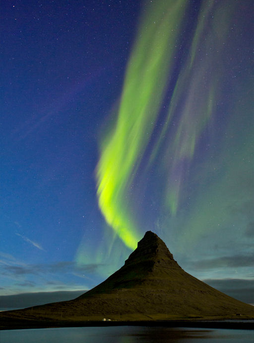 http://www.spaceweather.com/images2012/24aug12/iceland_strip.jpg