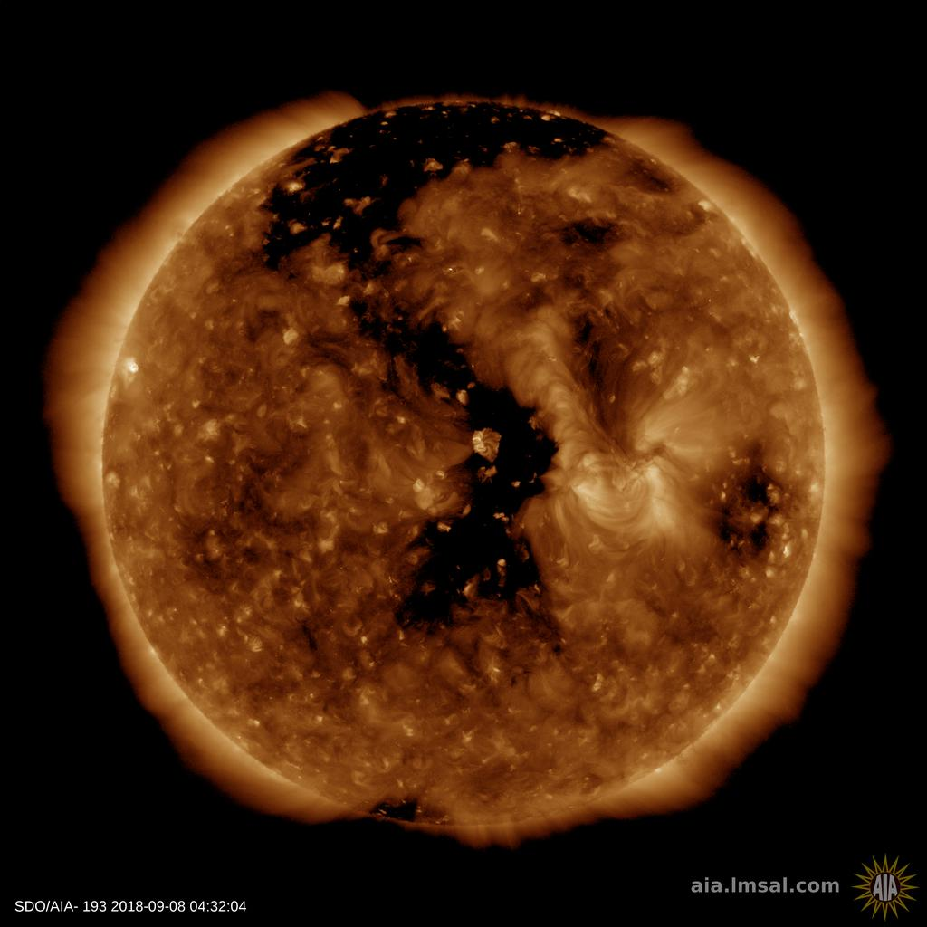 http://www.spaceweather.com/images2018/08sep18/coronalhole_sdo_blank.jpg?PHPSESSID=4am56ah2d8p1nr2c6oq74njog3