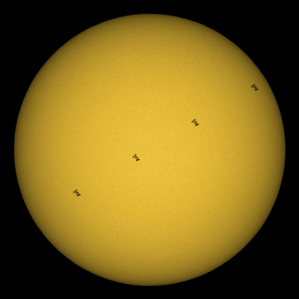 http://www.spaceweather.com/swpod2009/15aug09/Levin-Dieterle1.jpg?PHPSESSID=ljugetjcd5gc87bnqnbm9q3uh2